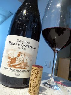 Domaine Pierre Usseglio et Fils Châteauneuf-du-Pape 2013 pts) Chateauneuf Du Pape, Sweet Spice, Wine Reviews, Red Wine, Raspberry, Alcoholic Drinks, Bottle, Glass, Wine Pairings