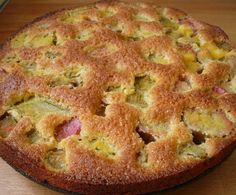 Rhubarb Sweet Cake Recipe by Damy - recipe from Sweet Pastries Wine Recipes, Dessert Recipes, Cooking Recipes, Diet Cake, Rhubarb Recipes, Rhubarb Rhubarb, Thermomix Desserts, Cupcakes, Sweet Recipes