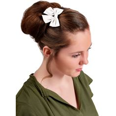 Barrette noeud papillon blanc pailleté Barrettes, Fashion, Sombreros De Playa, White Bow Tie, Headband Hair, Sewing, Woman, Hairstyles, Moda