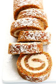 Cake Roll Everything you love about carrot cake.rolled up with cream cheese filling into this delicious Carrot Cake Roll! Such a fun dessert! Carrot Cake Roll Recipe, Cake Roll Recipes, Dessert Recipes, Dinner Recipes, Food Cakes, Cupcake Cakes, Baking Cakes, Sweets Cake, Dessert Design