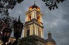 Atardecer. (en Catedral de Tucumán)