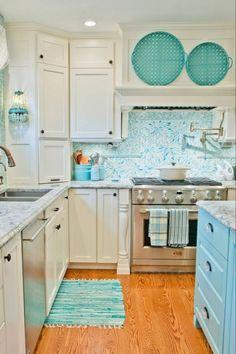 Coastal Cottage Kitchen Cabinets Beach Cottage Decor Ideas - Home Professional Decoration Ikea Hacks, Layout Design, Design Ideas, Design Design, Home Design, Turquoise Kitchen Decor, Aqua Decor, Kitchen Decor Themes, Kitchen Ideas