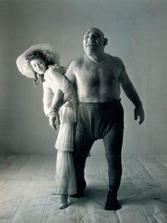 Irving Penn - Dorian Leigh et Maurice Tillet - 1945