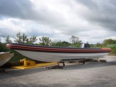 V-Type 12 mtr Whale Watching Workboat RIB Tubes - Tilley Inflatables Inflatable Boats, Rib Boat, Dartmouth, Power Boats, Whale Watching, Boat Building, Water Crafts, Plymouth, Ribs