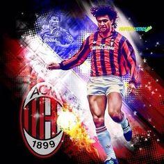 Ruud Gullit ~ AC Milan #10 God Of Football, Football Soccer, Ruud Gullit, Ac Milan, Pop Art Design, Steven Gerrard, Zinedine Zidane, Milan Design, Celebration Quotes