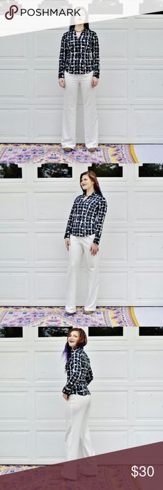 Zara Woman Off-White Flare Leg Slacks SLAY THE JOB INTERVIEW!!!!  Brand, Zara Woman  Size 12 (garment is clothespinned on model)  Super nice. They have a few tiny marks near the hem, which are not noticeable at all for every day wear.?  These are also pretty long, she?s wearing 4.5? heels in these photos ?0_0  Model: Allison, look at her socks she is a child at heart Zara Pants Trousers