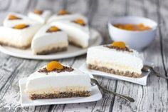 Desať luxusných zákuskov a koláčov - Žena SME Small Desserts, Sweet Desserts, Sweet Recipes, Czech Recipes, Desert Recipes, Catering, Sweet Treats, Cheesecake, Food And Drink