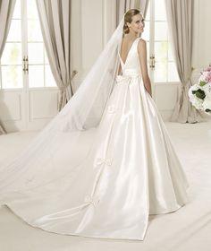 Pronovias vous présente la robe de mariée Dalila, Costura 2014. | Pronovias