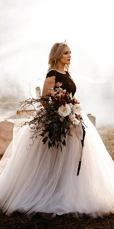 gothic wedding dresses ball gown black top white t Wedding Skirt, Black Wedding Dresses, Red Wedding, Black Weddings, Fall Wedding, Witch Wedding, Indian Weddings, Elegant Dresses, Rustic Wedding