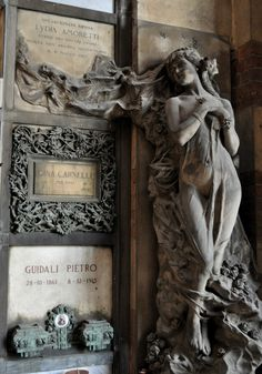 italy aesthetic | Tumblr Cemetery Statues, Cemetery Headstones, Old Cemeteries, Cemetery Art, Angel Statues, Graveyards, Grave Monuments, Art Nouveau Design, After Life