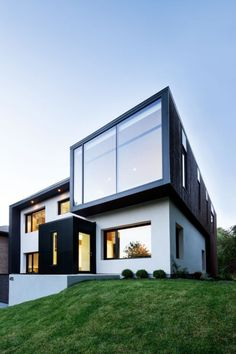 Contemporary Home – Connaught Residence