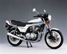 honda cb750f.Had one of these's as well.