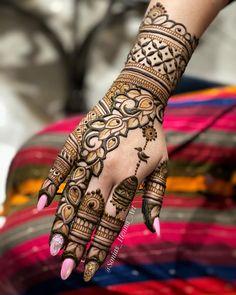 Khafif Mehndi Design, Henna Tattoo Designs Simple, Back Hand Mehndi Designs, Latest Bridal Mehndi Designs, Henna Art Designs, Modern Mehndi Designs, Mehndi Designs For Beginners, Mehndi Designs For Girls, Mehndi Design Photos