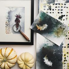 A collection of watercolor feathers paintings together with a modern black and white pattern acrylic painting makes the perfect set.   www.taniarodamilans.com @taniarodamilans