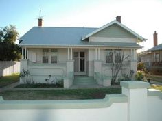 Photo of a rendered brick house exterior from real Australian home - House Facade photo 522937