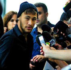 23/12 - Neymar entrevista - Inauguração do Instituto Neymar Jr
