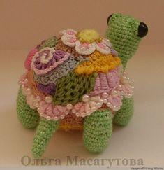 freeform crochet - gorgeous turtle!.