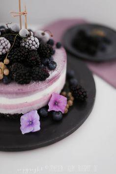 Fräulein Klein : gefrorener Beeren-Oreo-Cheesecake und Brombeer-Joghurt-Eis