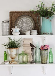 """Love this and I have most of the elements (or similar) on hand! From """"The Painted Home"""""""