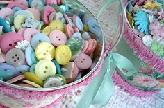 sherbet colored vintage buttons - www.suchprettythings.typepad.com