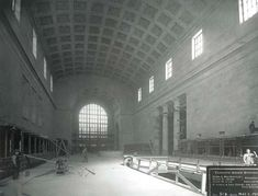 Toronto 1910s - Union Station under construction. The interior has changed somewhat but the 'bones' are still there.