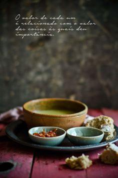 Sopa de funcho e manjericão