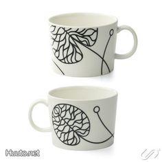 MARIMEKKO Bottna Lassi, Marimekko, Simple Lines, Light In The Dark, Finland, Scandinavian, Pots, Cool Designs, Tea Cups