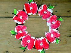 Cute stamped apple wreath #apple #wreath