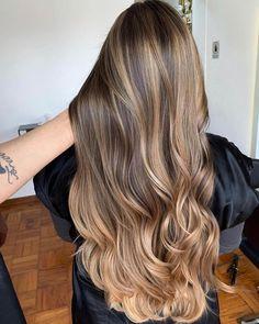 Brown Hair Balayage, Brown Blonde Hair, Brunette Hair, Hair Highlights, Gold Brown Hair, Light Brown Hair, Beautiful Brown Hair, Gorgeous Hair, Brown Hair Pictures