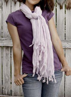 easy fluffy fringe scarf - delia creates