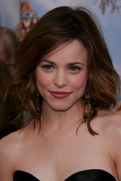Love the long layers - hopefully get my hair cut like this someday. Rachel McAdams