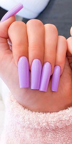 Best Lavender Shades And Nails Designs That Can Suit You The Most - Polish and Pearls - Trend Spring Nails Coffin 2019 Coffin Nails Glitter, Coffin Nails Long, Long Nails, Acrylic Nails, Purple Nail Designs, Pretty Nail Designs, Colorful Nail Designs, Pretty Nails For Summer, Lavender Nails