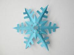 MizFlurry: 6 Papieren sneeuwvlokken knippen