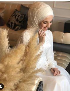 Hijabi Wedding, Muslim Wedding Dresses, Wedding Poses, Bridesmaid Dresses, Beautiful Gown Designs, Beautiful Gowns, Hijab Style Dress, Bridal Hijab, Hijabi Girl