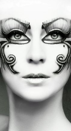 loving the design, but this would be infinitely cooler if they'd used paperself lashes