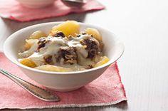 Slow-Cooker Apple Crisp with Warm Vanilla Sauce Recipe - Kraft Recipes