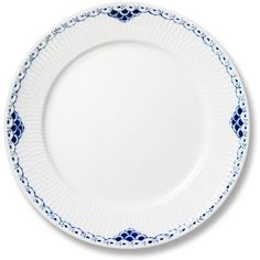Royal Copenhagen Princess Salad Plate, 7.5 (590 SEK) ❤ liked on Polyvore featuring home, kitchen & dining, dinnerware, royal copenhagen, handpainted dinnerware, royal copenhagen dinnerware, patterned dinnerware and porcelain dinnerware