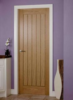 Benefits that you could derive by using the interior wood doors for your home or office. Oak Interior Doors, Door Design Interior, Oak Doors, Exterior Doors, Front Doors, Doors And Floors, Windows And Doors, Internal Wooden Doors, House Doors