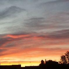 Un atardecer único #atardecerunico #atardeceres #Sunset #fotazo #foto #fotografia #photograpie #photo #imagen #momento #igers #igersmallorca #igersbalears #mallorcatestim #baleares #vistas #mallorca #mallorcaisland #lovemoments #nubes #cielo#atardecer by marga_1985