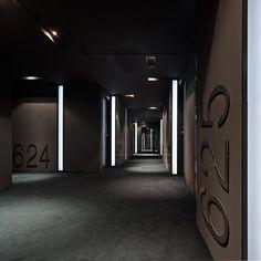 Hotel Sana, Berlin _ by Spanish architect Francesc Rifé (photo © Fernando Alda) _ Hotel Signage, Wayfinding Signage, Signage Design, Lobby Interior, Interior Architecture, Shop Interior Design, Interior Design Inspiration, Bares Y Pubs, Hotel Corridor