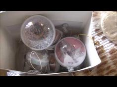 Tutorial: Decoupage e glitter su sfera di plastica (christmas decorations) [sub-eng] - YouTube