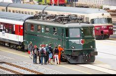 Net Photo: 11411 SBB Historic Ae at Erstfeld, Switzerland by Georg Trüb Electric Locomotive, Diesel Locomotive, Heritage Train, Third Rail, Locs, Train Truck, Swiss Railways, Electric Train, Photo Location