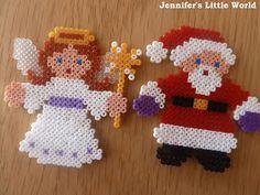 Mini Hama bead craft for Christmas Mini Hama Beads, Diy Perler Beads, Perler Bead Art, Fuse Beads, Beaded Christmas Decorations, Christmas Perler Beads, Cross Stitch Christmas Ornaments, Christmas Crafts, Hama Beads Patterns