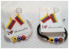Pulseras y Zarcillos I ♡ Venezuela disponibles en Arepas Cafe New York Av ,Astoria, New York Astoria New York, Cafe New York, Jewlery, Jewelry Bracelets, Brick Stitch, Diy Earrings, Diy And Crafts, China China, Accessories