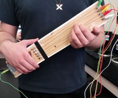 Makey Makey Guitar with strings (Instructables)
