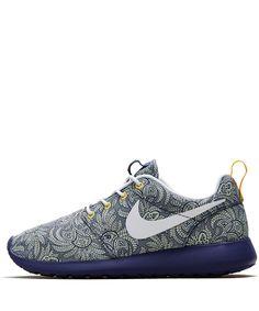 Nike x Liberty Dark Blue Crown Liberty Print Roshe Run Trainers