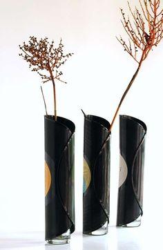 Riciclo creativo dei dischi in vinile - Vasi