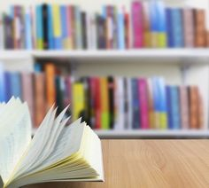 A selection of the 20 best books for entrepreneurs based on my experience as one and real life experimentation.