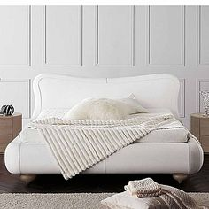 White, ultramodern 'Christal' bed. Beautiful design of the headboard, amazing fabric and high quality materials. My Italian Living.