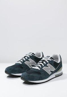adidas zx 700 white zalando